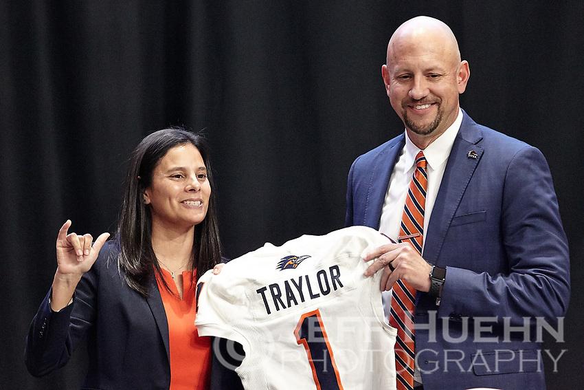 SAN ANTONIO, TX - DECEMBER 9, 2019: The introduction of new University of Texas at San Antonio Roadrunners Head Football Coach Jeff Traylor at the Alamodome (Photo by Jeff Huehn).