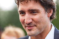 le chef liberal Justin Trudeau rencontre des gens, le 5 septembre 2014 au Golf Brossard <br /> <br />  <br /> PHOTO : <br /> - Agence Quebec presse
