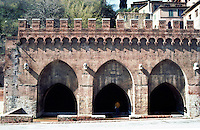 Siena:  Fontabranda Fountain.  Photo '83.