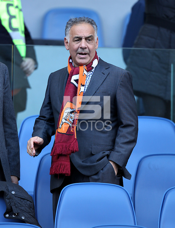 ROMA, Italy: December 08, 2013: As Roma beats AC Fiorentina 2-1 during the Serie A match played in the Olimpico Stadium.