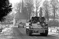 - NATO exercises in Germany, US Army soldiers (January 1985)<br /> <br /> - esercitazioni NATO in Germania, militari dell'US Army (Gennaio 1985)