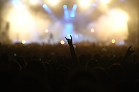 21st Wacken Open Air WOA  (5.8. - 7.8.2010) in Wacken (Germany , Schleswig-Holstein) - nearly 85000 metalheads celebrate their Mekka of metal - in picture: the symbol / gesture of the metal movement - fingers / hand in the air / devil's horns //  im Bild: das Symbol der Metaller Bewegung - die Pommesgabel / Teufelshörner gebildet aus zwei Fingern / Handgeste . Foto: Norman Rembarz..Norman Rembarz , Autorennummer 41043728 , Augustenstr. 2, 04317 Leipzig, Tel.: 01794887569, Hypovereinsbank: BLZ: 86020086, KN: 357889472, St.Nr.: 231/261/06432 - Jegliche kommerzielle Nutzung ist honorar- und mehrwertsteuerpflichtig! Persönlichkeitsrechte sind zu wahren. Es wird keine Haftung übernommen bei Verletzung von Rechten Dritter. Autoren-Nennung gem. §13 UrhGes. wird verlangt. Weitergabe an Dritte nur nach  vorheriger Absprache..