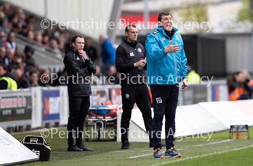 St Mirren v St Johnstone….27.04.19      St Mirren Park        SPFL<br />Tommy Wright shouts instructions<br />Picture by Graeme Hart. <br />Copyright Perthshire Picture Agency<br />Tel: 01738 623350  Mobile: 07990 594431