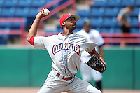 Clearwater Threshers pitcher Juan Sosa #27 during a game against the Brevard County Manatees at Space Coast Stadium on April 30, 2012 in Viera, Florida.  Clearwater defeated Brevard County 5-1.  (Mike Janes/Four Seam Images)