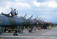 - military aircrafts of several NATO nations in the air force base of Decimomannu (Sardinia) ....- aerei militari di varie nazioni della NATO nella base aerea di Decimomannu (Sardegna)