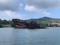 Schiffswrack im Hafen von Mahogany Bay auf Roatan - 01.02.2020: Roatan mit der Costa Luminosa
