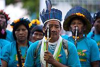 Representantes indígenas ( Waiwai ) e quilombolas durante manifestação pela regularização de suas terras  na bacia do rio Trombetas no município de Oriximina na calha norte do Pará.   <br /> Com uma população indígena estimada  em 3400 pessoas divididas entre comunidades Waiwai, Zoés, Tiryó;  entre outras 8, além de 35 comunidades quilombolas, a região vem sofrendo  forte pressão de mineradoras na região.<br /> Belém, Pará, Brasil.<br /> Foto Paulo Santos.<br /> 02/10/2013