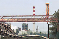 - chemical industrial area..- zona industriale chimica
