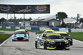 #77 LA Honda World Racing Honda Civic TCR, TCR: Start, Taylor Hagler, Ryan Eversley