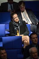 Sitzung des Deutschen Bundestag am Mittwoch den 18. April 2018.<br /> Im Bild: Die AfD-Abgeordnete Nicole Hoechst.<br /> 18.1.2018, Berlin<br /> Copyright: Christian-Ditsch.de<br /> [Inhaltsveraendernde Manipulation des Fotos nur nach ausdruecklicher Genehmigung des Fotografen. Vereinbarungen ueber Abtretung von Persoenlichkeitsrechten/Model Release der abgebildeten Person/Personen liegen nicht vor. NO MODEL RELEASE! Nur fuer Redaktionelle Zwecke. Don't publish without copyright Christian-Ditsch.de, Veroeffentlichung nur mit Fotografennennung, sowie gegen Honorar, MwSt. und Beleg. Konto: I N G - D i B a, IBAN DE58500105175400192269, BIC INGDDEFFXXX, Kontakt: post@christian-ditsch.de<br /> Bei der Bearbeitung der Dateiinformationen darf die Urheberkennzeichnung in den EXIF- und  IPTC-Daten nicht entfernt werden, diese sind in digitalen Medien nach §95c UrhG rechtlich geschuetzt. Der Urhebervermerk wird gemaess §13 UrhG verlangt.]