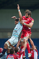 Kirill Kulemin of London Welsh (right) and Steve Mafi of Leicester Tigers battle it out in the lineout during the Aviva Premiership match between London Welsh and Leicester Tigers at the Kassam Stadium on Sunday 2nd September 2012 (Photo by Rob Munro)