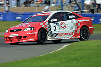 Round 10 of the 2002 British Touring Car Championship. #2 Yvan Muller (F). Vauxhall Motorsport. Vauxhall Astra Coupé.