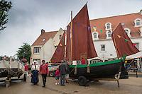 France, Pas-de-Calais (62), Côte d'Opale, Wissant:  Fête des Flobarts, bateau de pêche traditionnel  // France, Pas de Calais, Opal Coast, Wissant:  Day flobarts, traditional fishing boat