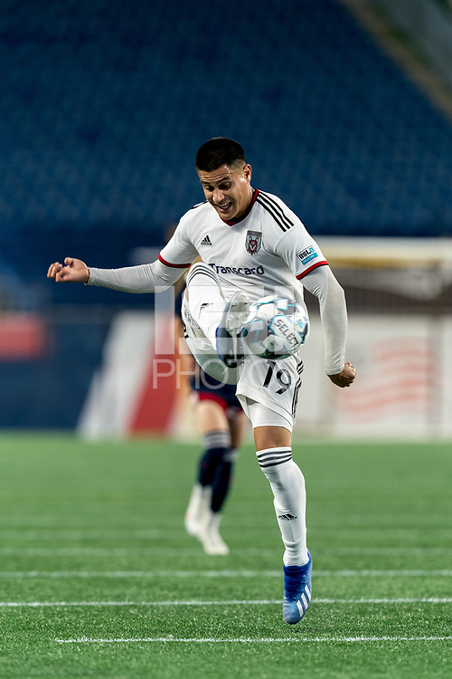 FOXBOROUGH, MA - SEPTEMBER 09: Ricardo Zacarias #19 of Chattanooga Red Wolves SC collects a pass during a game between Chattanooga Red Wolves SC and New England Revolution II at Gillette Stadium on September 09, 2020 in Foxborough, Massachusetts.
