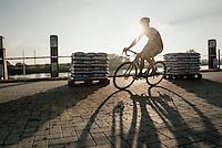 Kevin Pauwels (BEL/Marlux-NapoleonGames) casting a long shadow<br /> <br /> Elite Men's Race<br /> Soudal Jaarmarktcross Niel 2016