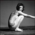 Betti, tatuata a zebra.