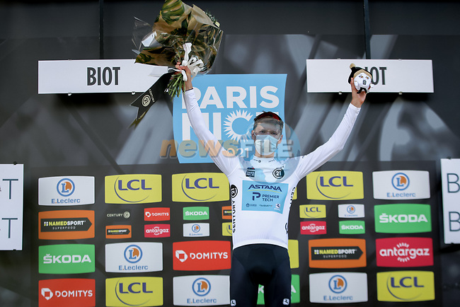 Aleksandr Vlasov (RUS) Astana-Premier Tech takes over the young riders White Jersey at the end of Stage 6 of Paris-Nice 2021, running 202.5km from Brignoles to Biot, France. 12th March 2021.<br /> Picture: ASO/Fabien Boukla | Cyclefile<br /> <br /> All photos usage must carry mandatory copyright credit (© Cyclefile | ASO/Fabien Boukla)