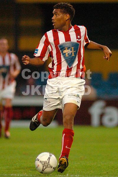 veendam - top oss gouden gids divisie seizoen 2005-2006 19-08-2005 kenneth cicilia top oss