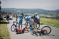 Tiago Machado (POR/Katusha-Alpecin) involved in a serious crash at the run-up of the Mont du Chat (1504m/8.7km/10.3%)<br /> <br /> Stage 6: Le parc des oiseaux/Villars-Les-Dombes › La Motte-Servolex (147km)<br /> 69th Critérium du Dauphiné 2017