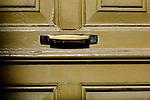 via lacona porte, portoni, maniglie e serrature di sassari, Italia<br /> doors, handles and locks in Sassari, Italy