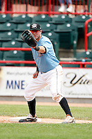 June 25, 2009:  First Baseman Ron Bourquin of the Erie Seawolves in the field during a game at Jerry Uht Park in Erie, PA.  The Erie Seawolves are the Eastern League Double-A affiliate of the Detroit Tigers.  Photo by:  Mike Janes/Four Seam Images