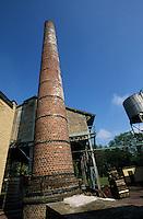"""Europe/France/Nord-Pas-de-Calais/59/Nord/Env de Lille/Wambrechies: Batiments de la distillerie """"Claeyssens"""" datant de 1817 - Eaux de vie de grain, pur malt et de Genièvre"""