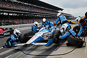 Verizon IndyCar Series<br /> Indianapolis 500 Race<br /> Indianapolis Motor Speedway, Indianapolis, IN USA<br /> Sunday 28 May 2017<br /> Marco Andretti, Andretti Autosport with Yarrow Honda makes a pit stop<br /> World Copyright: Russell LaBounty<br /> LAT Images
