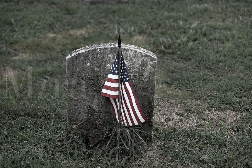 Grave markers of veteran soldiar, USA