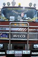 "- ""Coast to Coast"" gathering of painted and customized trucks....- raduno ""Coast to Coast"" di autocarri dipinti e personalizzati"