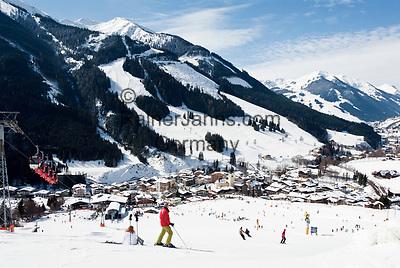 Oesterreich, Salzburger Land, Saalbach-Hinterglemm: beliebtes Skigebiet bei Zell am See | Austria, Salzburger Land, Saalbach-Hinterglemm: popular ski resort near Zell am See
