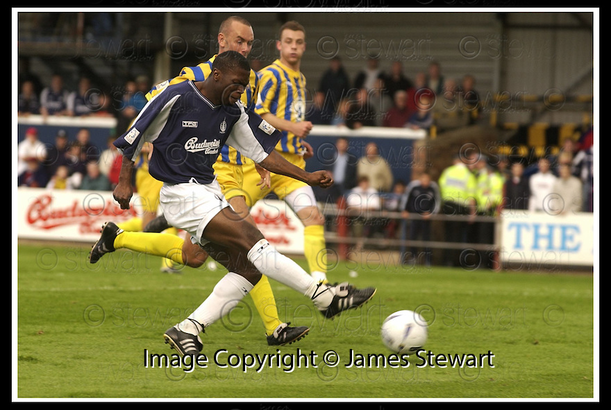 31/8/02       Collect Pic : James Stewart                     .File Name : stewart-falkirk v qots 20.COLLIN SAMUEL SHOOTS AT GOAL ONLY TO SEE HIS SHOT CLEARED OFF THE LINE....James Stewart Photo Agency, 19 Carronlea Drive, Falkirk. FK2 8DN      Vat Reg No. 607 6932 25.Office : +44 (0)1324 570906     .Mobile : + 44 (0)7721 416997.Fax     :  +44 (0)1324 570906.E-mail : jim@jspa.co.uk.If you require further information then contact Jim Stewart on any of the numbers above.........
