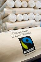 INDIA Miraj , factory Esteam produce fair trade cotton bags for discounter  / INDIEN Miraj , Textilfabrik Esteam fertigt  fairtrade Baumwolltaschen fuer discounter