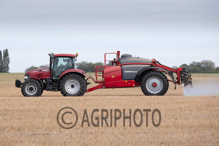 28.9.2020 Pre-emergence spraying on direct drilled Winter barley <br /> ©Tim Scrivener Photographer 07850 303986<br />      ....Covering Agriculture In The