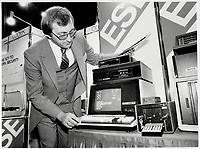 1980 FILE PHOTO - ARCHIVES -<br /> <br />  Computers <br /> Bezant, Graham<br /> Picture, 1980, <br /> <br /> 1980<br /> <br /> PHOTO : Graham Bezant - Toronto Star Archives - AQP