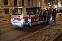 Bis zu 10.000 Menschen protestierten am Freitag den 30. Januar 2015 in Wien gegen den Akademikerball der rechten FPOe, der zum dritten Mal in der Wiener Hofburg stattfand. Bei den Protesten kam es zu kleineren Rangeleien zwischen Polizei und Ballgegnern, bei denen vereinzelt auch Feuerwerkskoerper und Gegenstaende geworfen wurden. Die Polizei nahm lt. eigenen Angaben 35 Personen fest.<br /> Im Bild: An vielen Einsatzfahrzeugen hatten die Polizisten vor dem Einsatz die Autokennzeichen enfernt.<br /> 30.1.2015, Wien<br /> Copyright: Christian-Ditsch.de<br /> [Inhaltsveraendernde Manipulation des Fotos nur nach ausdruecklicher Genehmigung des Fotografen. Vereinbarungen ueber Abtretung von Persoenlichkeitsrechten/Model Release der abgebildeten Person/Personen liegen nicht vor. NO MODEL RELEASE! Nur fuer Redaktionelle Zwecke. Don't publish without copyright Christian-Ditsch.de, Veroeffentlichung nur mit Fotografennennung, sowie gegen Honorar, MwSt. und Beleg. Konto: I N G - D i B a, IBAN DE58500105175400192269, BIC INGDDEFFXXX, Kontakt: post@christian-ditsch.de<br /> Bei der Bearbeitung der Dateiinformationen darf die Urheberkennzeichnung in den EXIF- und  IPTC-Daten nicht entfernt werden, diese sind in digitalen Medien nach §95c UrhG rechtlich geschuetzt. Der Urhebervermerk wird gemaess §13 UrhG verlangt.]