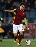 Calcio, Serie A: Roma vs Fiorentina. Roma, stadio Olimpico, 4 marzo 2016.<br /> Roma's Mohamed Salah in action during the Italian Serie A football match between Roma and Fiorentina at Rome's Olympic stadium, 4 March 2016.<br /> UPDATE IMAGES PRESS/Riccardo De Luca
