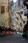 The leaders approach the final vicious climb up Via S.Caterina in Siena during the 2015 Strade Bianche Eroica Pro cycle race 200km over the white gravel roads from San Gimignano to Siena, Tuscany, Italy. 7th March 2015<br /> Photo: Eoin Clarke/www.newsfile.ie