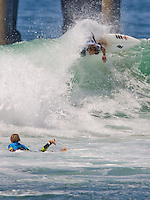 Aussie Blake Thornton looks down the line during round of 96 of the 2010 US Open of Surfing in Huntington Beach, California on August 4, 2010.