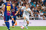 Toni Kroos of Real Madrid in action during their Supercopa de Espana Final 2nd Leg match between Real Madrid and FC Barcelona at the Estadio Santiago Bernabeu on 16 August 2017 in Madrid, Spain. Photo by Diego Gonzalez Souto / Power Sport Images