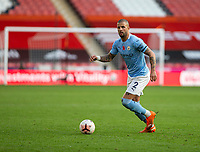 31st October 2020; Bramall Lane, Sheffield, Yorkshire, England; English Premier League Football, Sheffield United versus Manchester City; Kyle Walker of Manchester City looking for a pass forward with the ball at his feet
