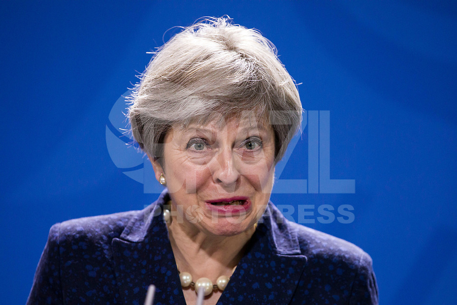 Pressekonferenz mit der britischen Premierministerin Theresa May am 16. Februar 2018 im Bundeskanzleramt Berlin.   British Prime Minister Theresa May hold a press conference on 16 February 2018 at the Federal Chancellery in Berlin.<br /> Credit: A.v.Stocki/face to face
