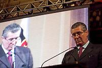 ATENÇÃO EDITOR: FOTO EMBARGADA PARA VEÍCULOS INTERNACIONAIS. SAO PAULO, SP, 11 SETEMBRO DE 2012 - CAMPANHA DOAR E LEGA E A VIDA E RECARREGAVEL DO TJSP - O Governador do Estado, Geraldo Alckmin, o Presidente da Assembleia Estadual, Dep. Barros Munhos e o Presidente do TJSP, Des. Ivan Ricardo Gariso Sartori, lancam nesta manha, 11, na sede do Poder Judiciario paulista, na  zona central da cidade, a camapanha Doar e Legal e a Vida e Recarregavael, a campanha foi idealizada pela esposa do Presidente do TJSP, Dra. Claudia Sartori e tera apoio de do colunista social Amaury Jr, para estimular a doacao de orgaos tanto pelos funcionarios do TJSP bem como a populacao em geral. Nesta foto o Presidente do TJSP, Ivan Sartori. FOTO RICARDO LOU - BRAZIL PHOTO PRESS