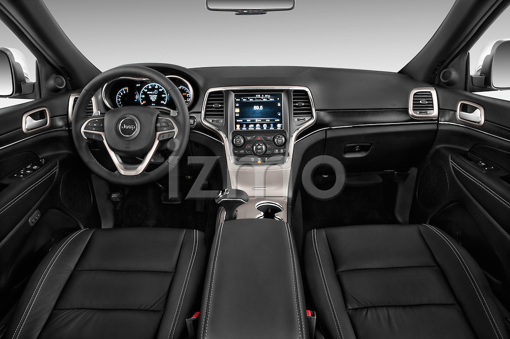 Stock photo of straight dashboard view of a 2015 JEEP GRAND CHEROKEE Limited 5 Door SUV 4WD Dashboard