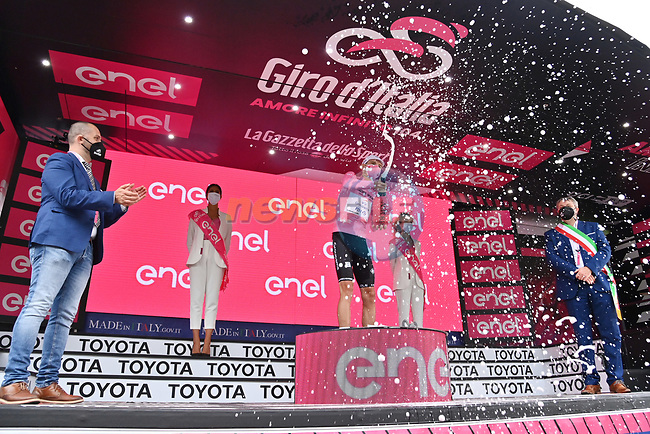 Attila Valter (HUN) Groupama-FDJ retains the race leaders Maglia Rosa at the end of Stage 7 of the 2021 Giro d'Italia, running 181km from Notaresco to Termoli, Italy. 14th May 2021.  <br /> Picture: LaPresse/Massimo Paolone | Cyclefile<br /> <br /> All photos usage must carry mandatory copyright credit (© Cyclefile | LaPresse/Massimo Paolone)