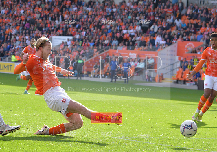 11/09/2021 Sky Bet Championship Blackpool v Fulham<br /> <br /> Josh Bowler scores for Blackpool