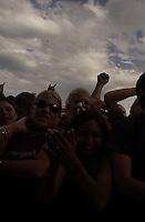 NOFX. Warped Tour. 06/22/2002, 6:28:44 PM<br />