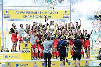 Saracens celebrate winning the Aviva Premiership Rugby Final between Saracens and Exeter Chiefs at Twickenham Stadium on Saturday 28th May 2016 (Photo: Rob Munro/Stewart Communications)