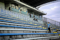NOVO HAMBURGO, (RS), 21.03.2021 - NOVO HAMBURGO -  INTERNACIONAL - O estádio sem torcida, apenas atlestas, representantes de clubes e federação, durante Bandeira Preta, na partida entre Novo Hamburgo e Internacional, válida pela 5ª rodada do Campeonato Gaúcho 2021, no Estádio do Vale, em Novo Hamburgo, neste domingo (21).