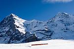 CHE, Schweiz, Kanton Bern, Berner Oberland, Grindelwald: Kleine Scheidegg - Jungfraubahn vorm Eiger (3.970 m) und Moench (4.107 m) auf dem Weg zum Jungfraujoch | CHE, Switzerland, Canton Bern, Bernese Oberland, Grindelwald: Kleine Scheidegg - Jungfrau train heading for Jungfraujoch, Eiger (13.026 ft.) and Moench (13.475 ft.)