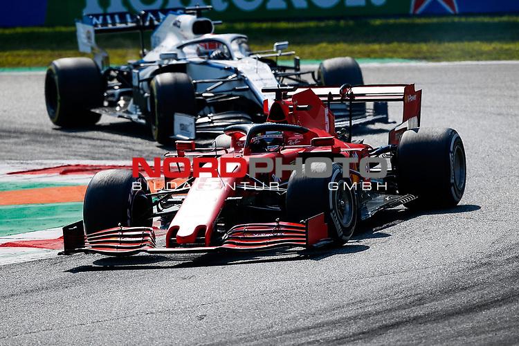 06.09.2020, Autodromo Nazionale di Monza, Monza, FORMULA 1 GRAN PREMIO HEINEKEN D'ITALIA 2020<br />,im Bild<br />Sebastian Vettel (GER#5), Scuderia Ferrari, Daniil Kvyat (RUS#26), Scuderia AlphaTauri Honda<br /> <br /> Foto © nordphoto / Bratic